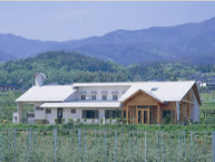 信州市田酪農の工場
